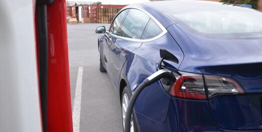 Tesla tilbake på topp med Model 3: - Den elektriske folkevognen