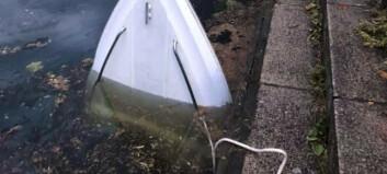 Båt sank i Drammenselva