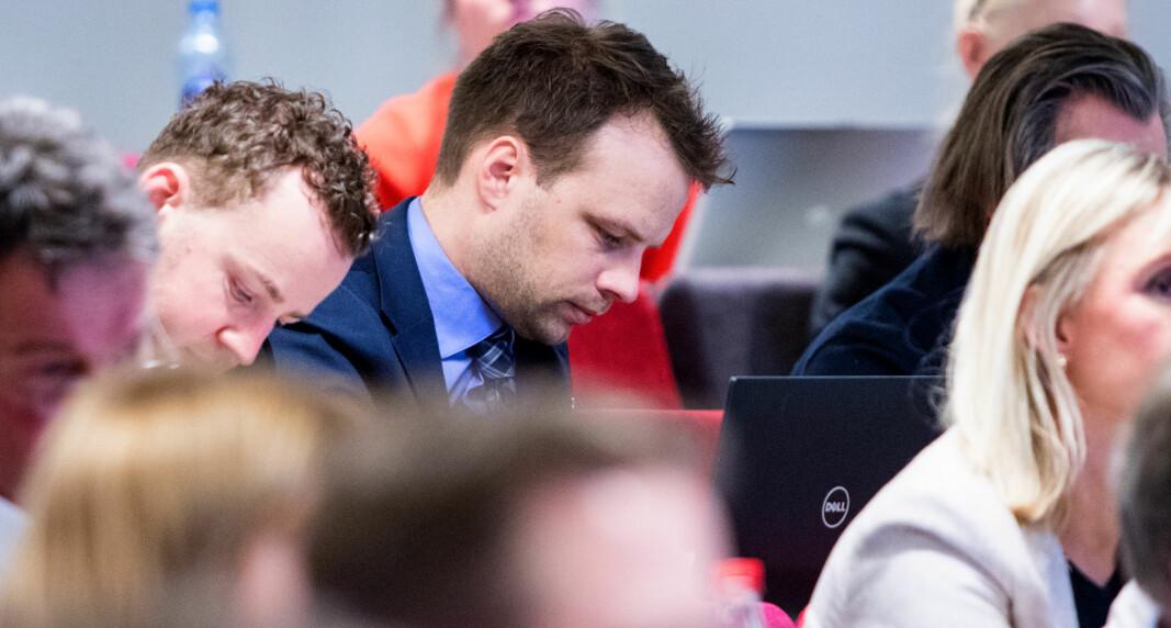 MENER AUF SPRER SPLITTELSE OG HAT: Frp's stortingskandidat Jon Helgheim fra Drammen.