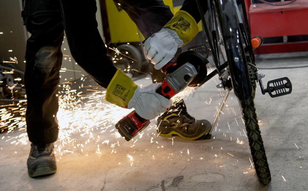 Noen sykkeltyver har med vinkelsliper. Da gjelder det å ha en lås som står i mot vinkelsliperen lenge nok.