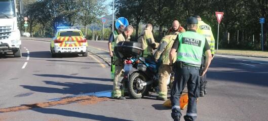 MC-fører til sykehus etter møteulykke med bil