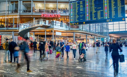 2,8 millioner reisende på norske flyplasser i september